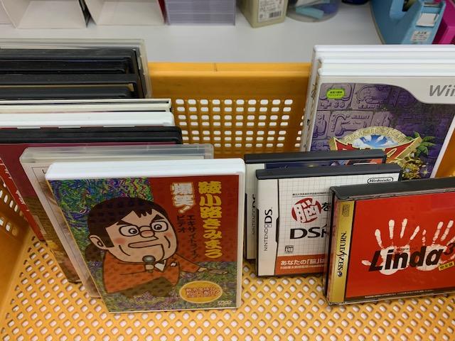 名古屋市中区にてコミック、DVD、ゲームソフト多数買取いたしました。